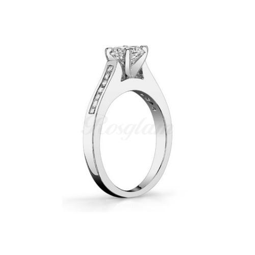 ae3991ccc818 M-563 - Золотое кольцо для предложения с муассанитом. Купить за 36300 руб.  + скидка и доставка в г. Омск
